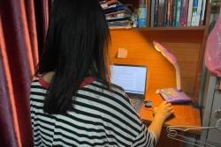 Giáo viên mầm non chuyển nghề đánh máy, bán hàng online để tăng thu nhập