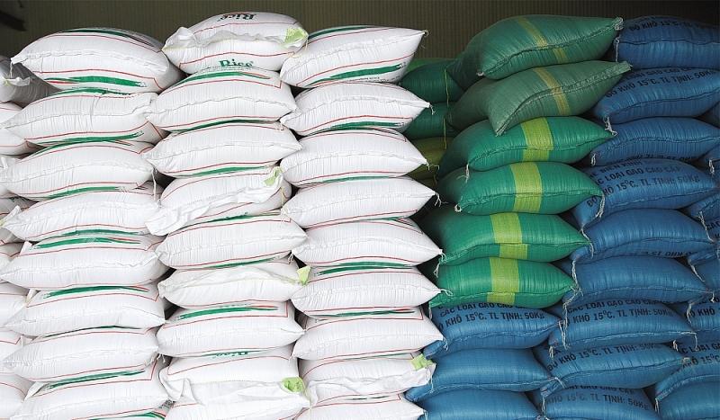 Chính phủ xuất cấp hơn 130.000 tấn gạo cứu trợ người dân 24 tỉnh thành