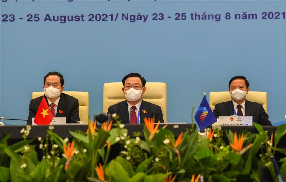 Chủ tịch Quốc hội Vương Đình Huệ tham dự Đại hội đồng AIPA lần thứ 42. Ảnh: TTBC