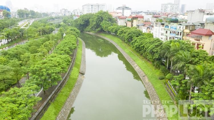Làm sạch sông Tô Lịch