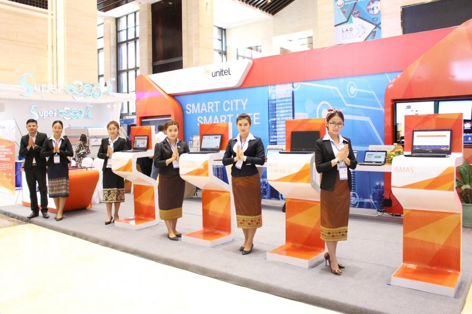 Viettel tại Lào giành hai giải thưởng quốc tế
