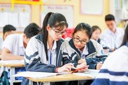 Cho phép học sinh dùng điện thoại trong lớp: Nhiều ý kiến trái chiều