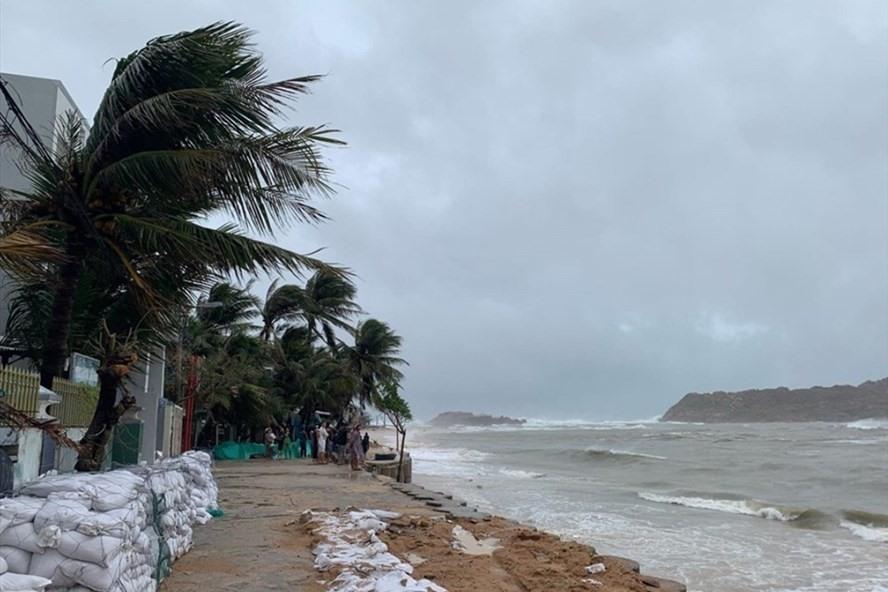 Hiện tượng La Nina khiến bão lũ nguy hiểm khó lường như thế nào?