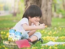 tran quy me thien nhien th true milk chuyen sang dung ong hut bang ngo san