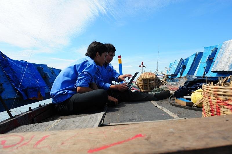 Viettel tăng cường phủ sóng 4G khu vực biển đảo