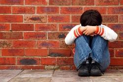 Những dấu hiệu cho thấy trẻ bị bắt nạt trên mạng