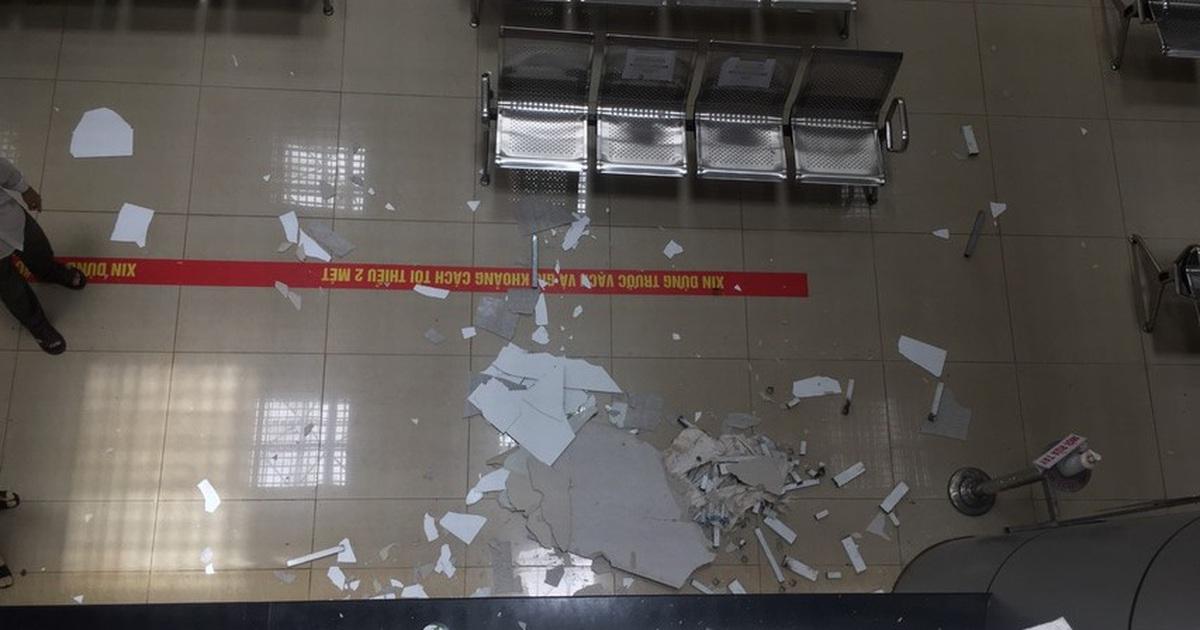 Một phần trần chống nắng của Bệnh viện nghìn tỷ Tây Nguyên bất ngờ bị sập