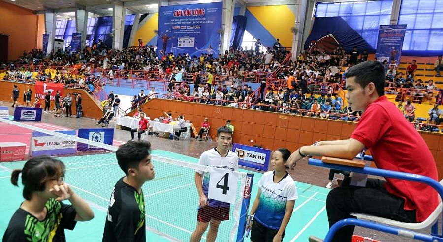 Những khoảnh khắc tại Giải Cầu lông Học sinh - Sinh viên TP Hà Nội tranh Cúp báo Tuổi trẻ Thủ đô