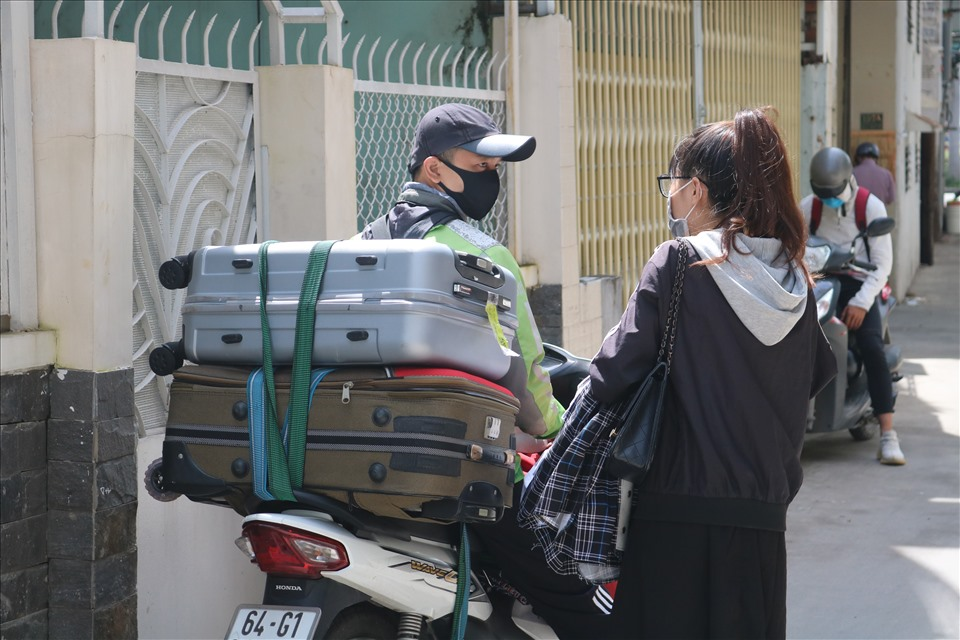 """TPHCM: Công nhân, sinh viên đi thuê nhà trọ, """"vớ"""" được chỗ ở... khách sạn"""