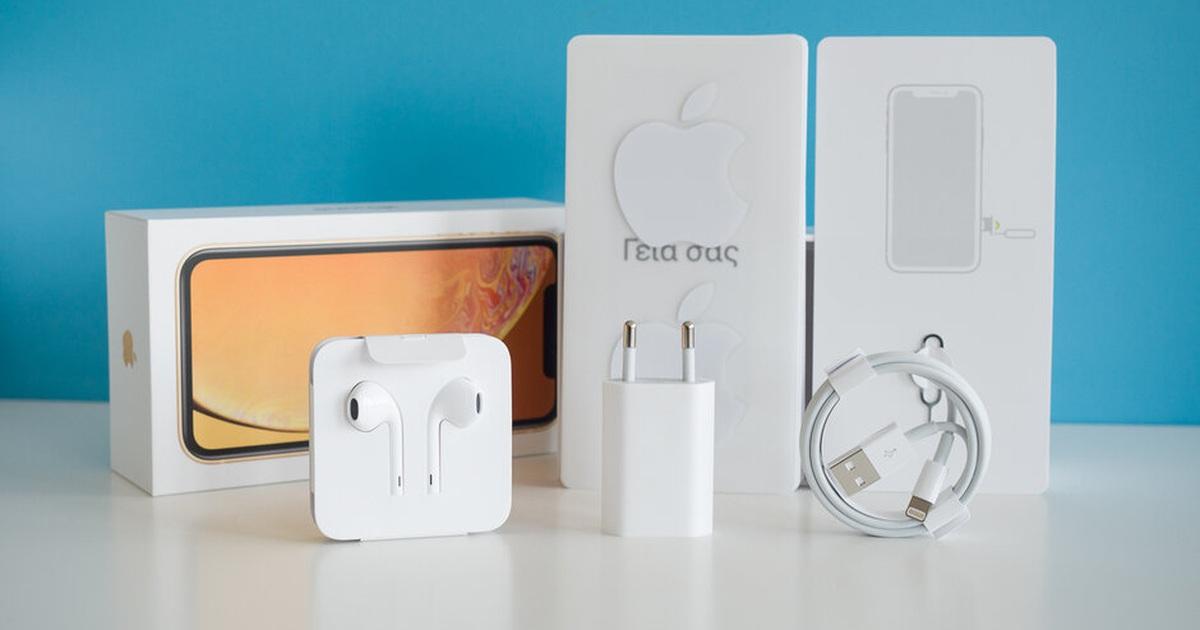 Người dùng cần lưu ý gì khi mua iPhone 12 không có sạc kèm theo?