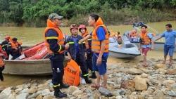 Cứu hộ ở Rào Trăng 3: Huy động thêm người, phương tiện tìm kiếm 16 công nhân mất tích