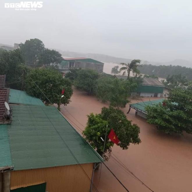 Hà Tĩnh phát lệnh sơ tán gần 15.000 hộ dân, tính tới phương án xấu nhất - 4
