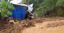 """Quảng Nam sạt lở đất, nhiều người bị vùi lấp, Thủ tướng""""lệnh"""" cứu hộ khẩn"""
