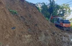 Tìm thấy thi thể 16 nạn nhân trong 2 vụ sạt lở núi khiến 53 người bị vùi lấp