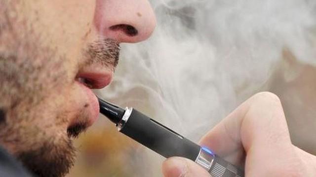 Bỉ thông báo trường hợp đầu tiên tử vong do thuốc lá điện tử