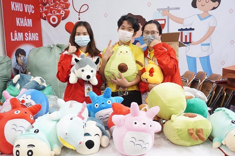 Người Việt trẻ 2020: Ngày đầu thu về hơn 600 đơn vị máu