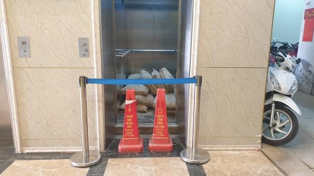 Hà Nội: Góc khuất vụ thang máy chung cư rơi từ tầng 5 - 1