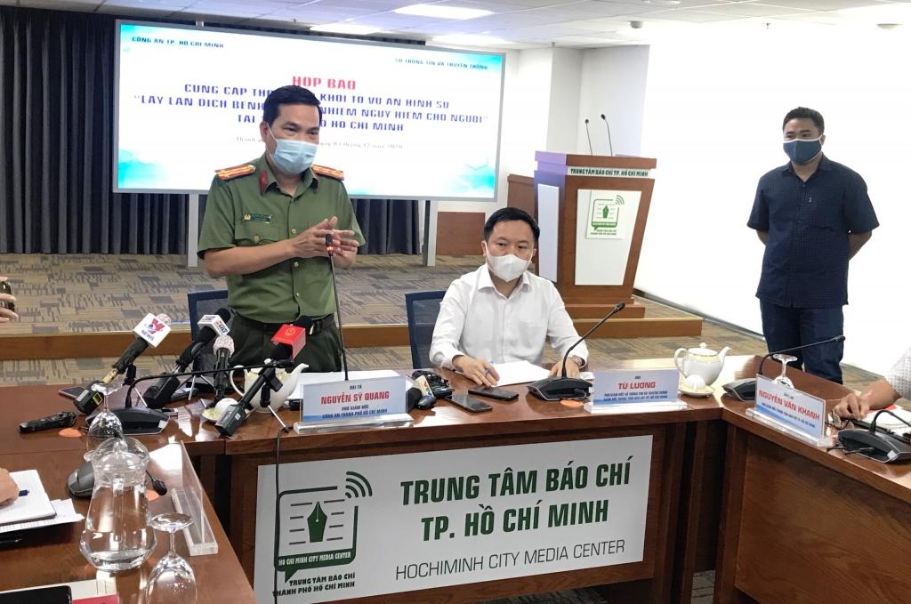 Công an TP Hồ Chí Minh họp báo thông tin việc khởi tố vụ án làm lây lan dịch bệnh Covid-19