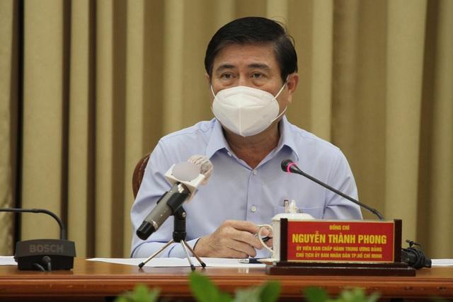 Chủ tịch TPHCM: Kiểm tra đột xuất, đóng cửa ngay cơ sở cách ly vi phạm - 1