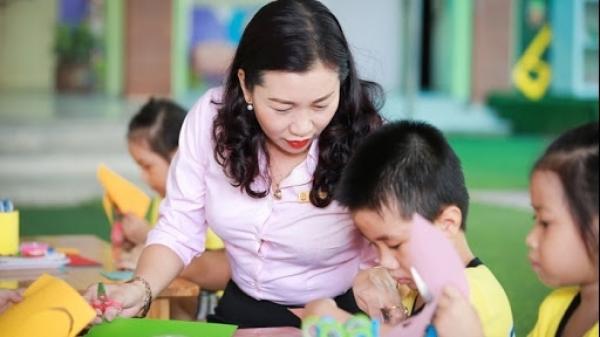 Cô giáo mầm non sáng tạo phần mềm quản lý trẻ và trả muộn