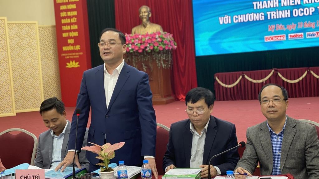 Đồng chí Nguyễn Ngọc Việt, Thành ủy viên, Bí thư Huyện ủy Mỹ Đức phát biểu tại hội thảo