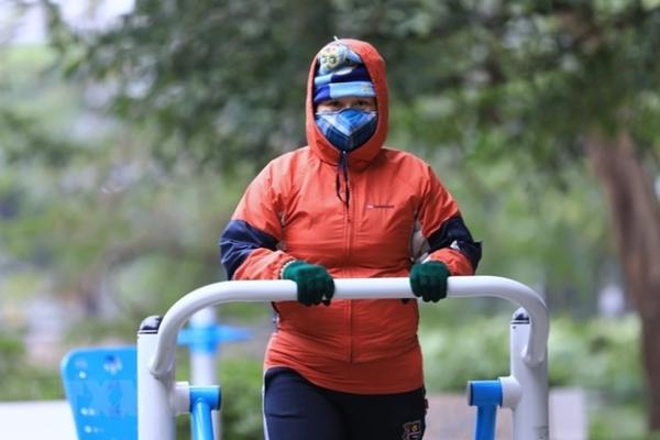 Tập thể dục ngoài trời rét căm căm, thói quen nguy hiểm cần bỏ ngay