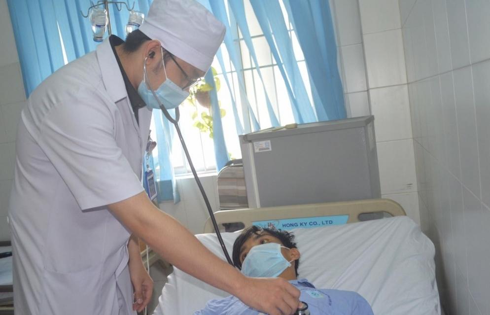"""""""Cứu bệnh nhân trước, viện phí tính sau"""""""