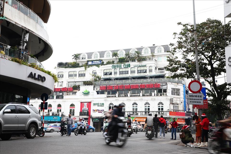 Theo kế hoạch, thời gian hoạt động khu vực này được tiến hành như tuyến phố đi bộ trong khu phố cổ Hà Nội, đó là vào 3 tối cuối tuần (thứ sáu, thứ bảy, chủ nhật), từ 19h đến 24h vào mùa hè và từ 18h đến 24h vào mùa đông.