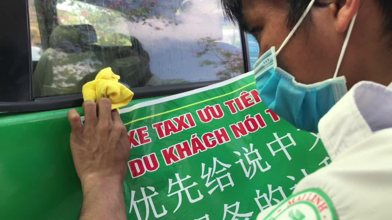 thanh lap doi taxi uu tien phuc vu nguoi noi tieng hoa tai tp hoi an